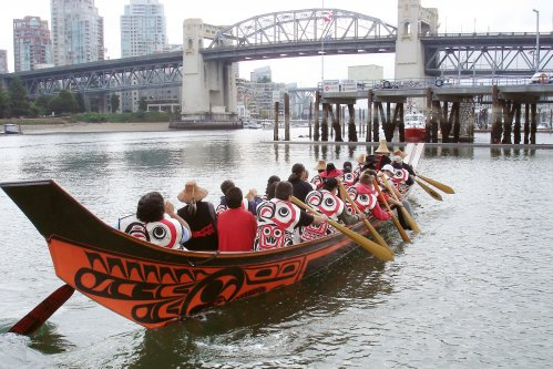 Black Eagle Canoe / Artist Bill Reid / Image courtesy of the Bill Reid Gallery of Northwest Coast Art